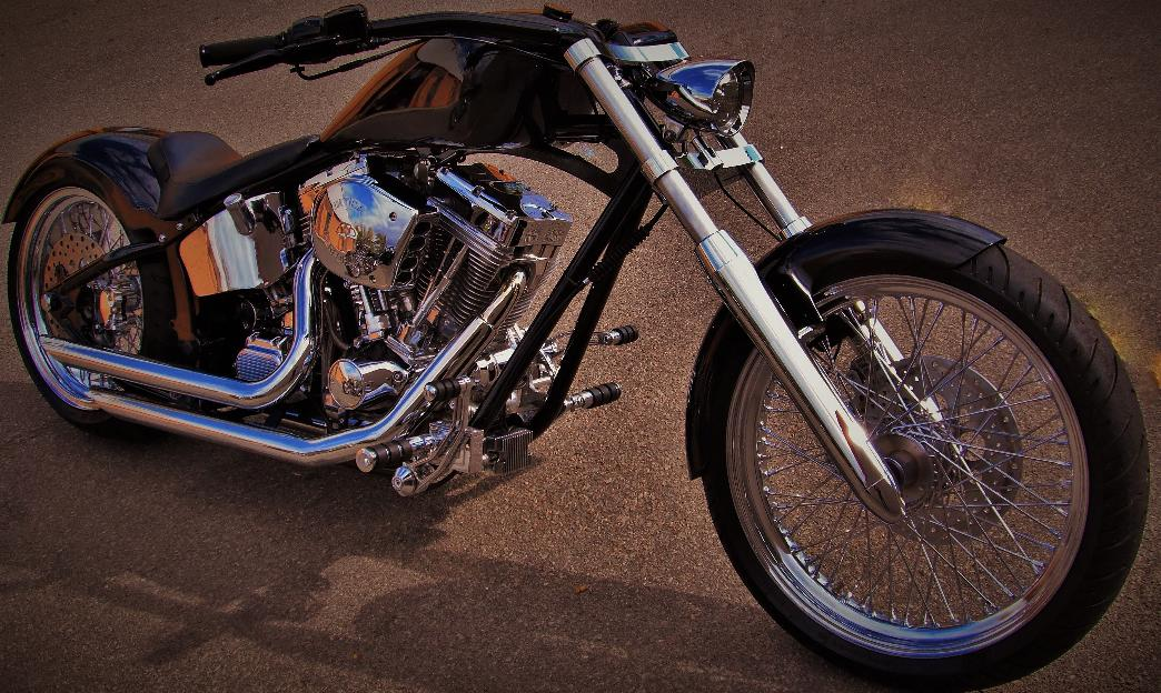 chopper bobber bagger motorcycles softail harley custom builds