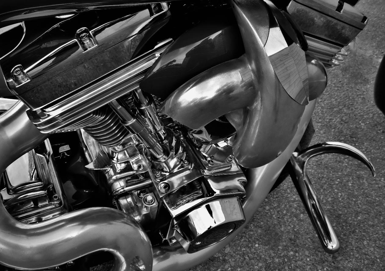 Ultima Harley engines polished ontario canada